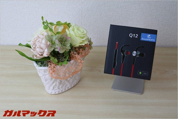 SoundPEATSの「Q12」の外箱