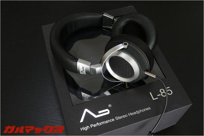 LASMEXのL85はHi-Fi対応のセミオープン型ヘッドホン