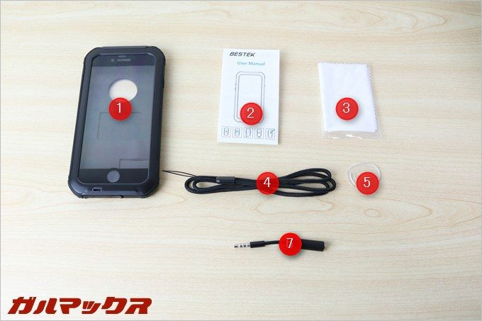 BESTEKの防水防塵iPhone6s/6のケース同梱品。