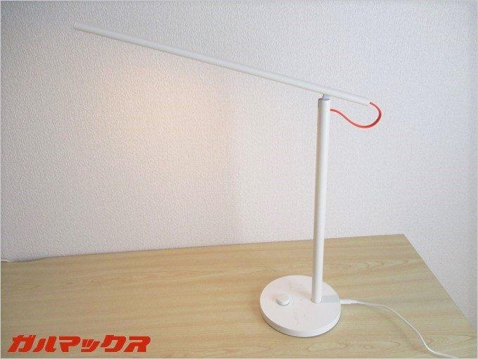 シンプルな外観で非常に美しいXiaomi Mijia Smart LED Desk Lamp