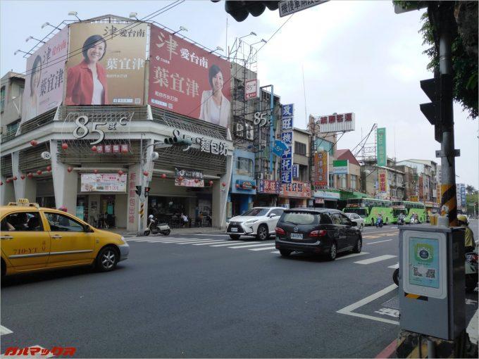 台南の街並みをカラー撮影