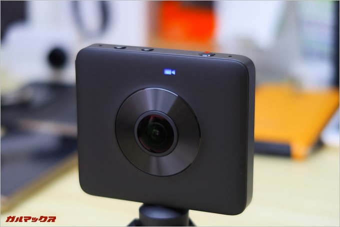ビデオ撮影時はビデオマークが表示される。