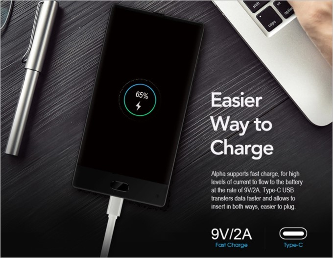 4000mAhの大容量バッテリーは9V/2Aで充電が可