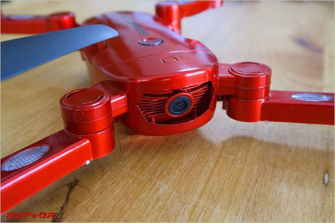 GoolRC T32の本体には空撮カメラも備わっている