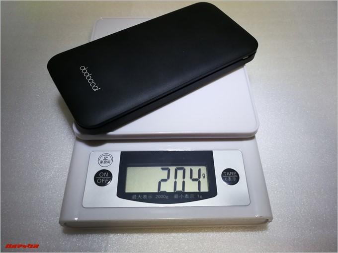 dodocool DP21は204gと10000mAhのバッテリーとしては非常に軽量です。