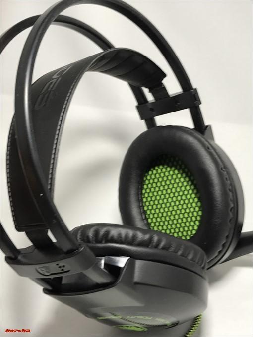 SADES SA-801のカラーリングはグリーンとブラックでゲーミング感バツグン