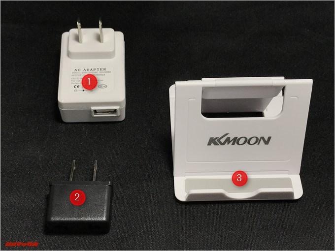 LEAGOO KIICAA POWERは販売店さんの御厚意で付属の充電器が利用できる日本プラグ変換アダプター、充電器、KKmoonの折り畳みスタンドが付属しています