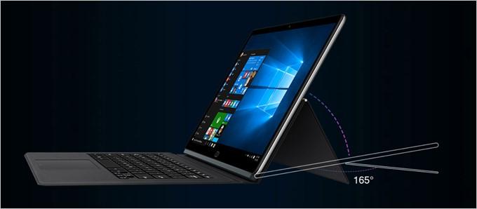 Chuwi CoreBookのスタンドは無段階で調整可能でほぼ180度近くまで開きます