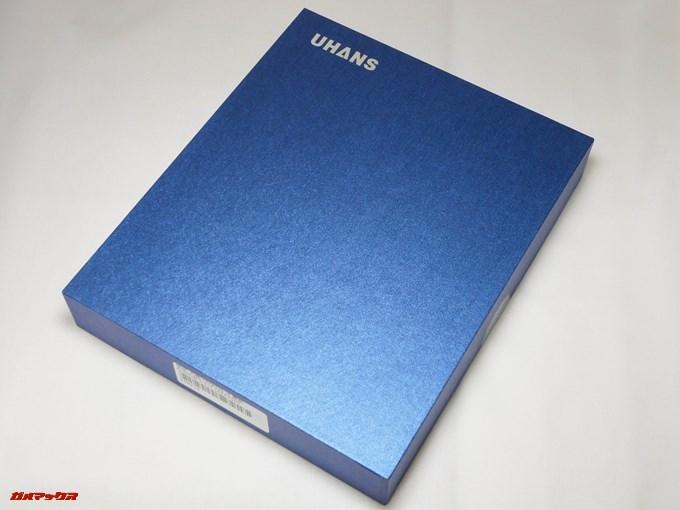 UHANS i8の外箱はブルーの美しい箱に入っていました