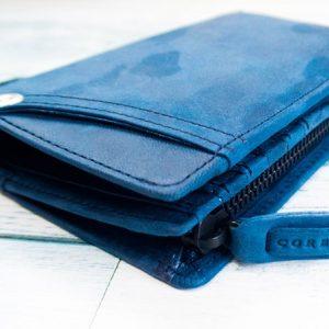 CORBOの馬革財布を購入。折り畳み+ファスナー式の小銭入れが扱いやすい