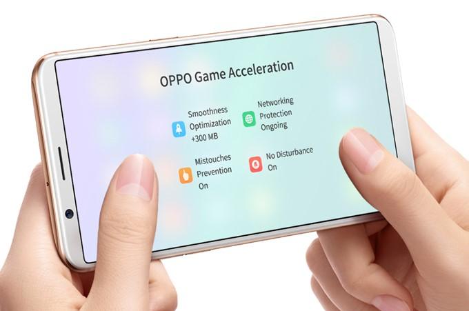 OPPO R11sは30FPSのゲームを60FPSで表示する独自の機能が備わってます