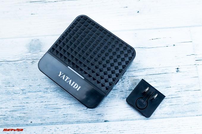 YATAIDI ワイヤレス チャイムの受信機にはコンセントに直接挿して給電する耐えのアタッチメントが付属してました