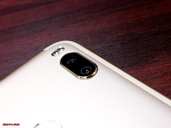 Xiaomi Mi 5XにはOmniVision製の1200万画素が2つ備わっています