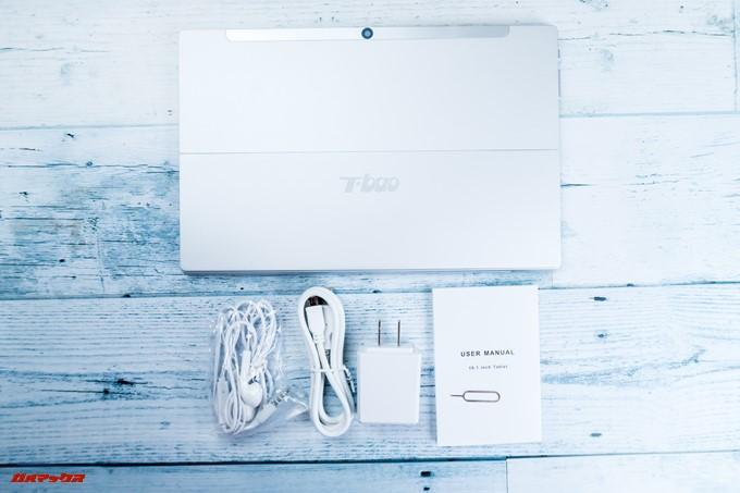 T-bao X101Aの付属品にはイヤホンやSIMピンも同梱されています。