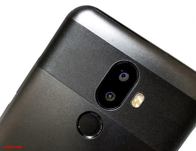 Oukitel U18のカメラ