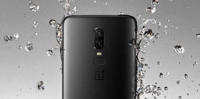 OnePlus 6は耐水に対応しています。