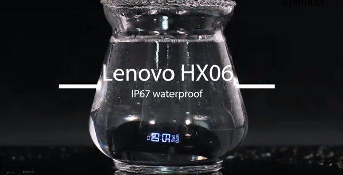 Lenovo HX06 Smart BraceletはIP67の防水防塵に対応しているので利用場所を選びません。