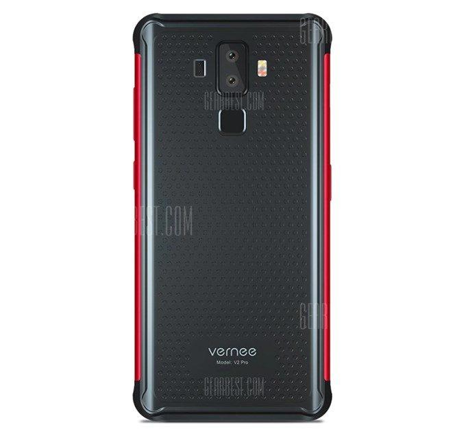 Vernee V2 Proの背面パネルは凹凸のあるタイプで滑りにくい形状となっています。