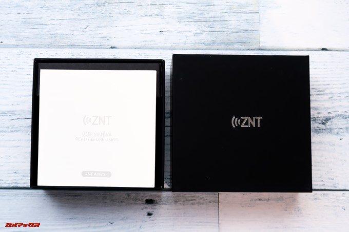 ZNT AirFits Iは緩衝材を用いて丁寧に梱包されています。