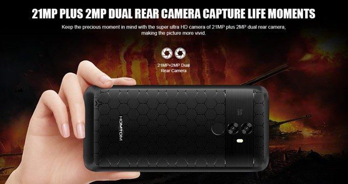 HOMTOM S99は2100万画素と200万画素のダブルレンズカメラ、インカメラにも1300万画素の高画素カメラを搭載しています。