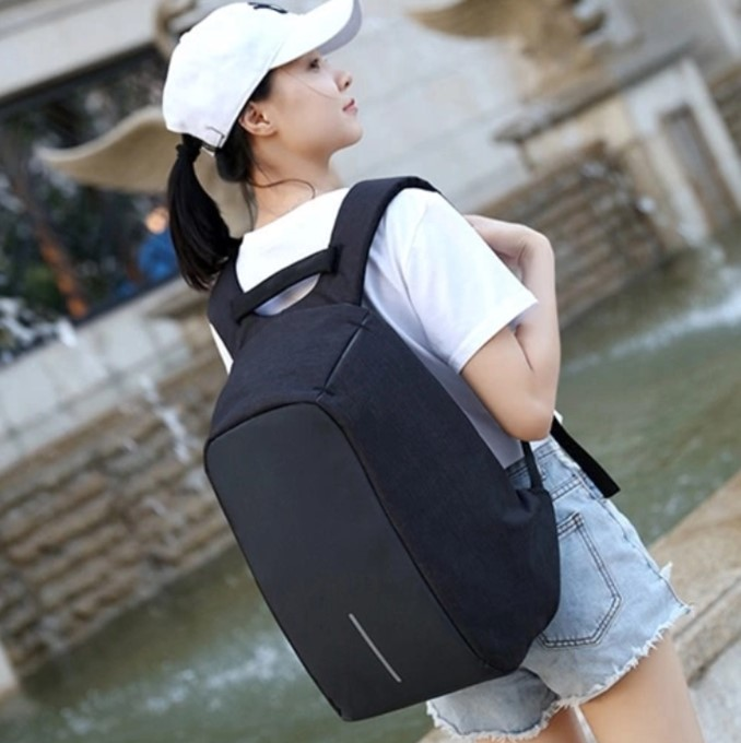 Backpack Casual Daypack with USB Connection