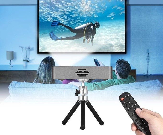 Orimag Mini Portable Video Projector