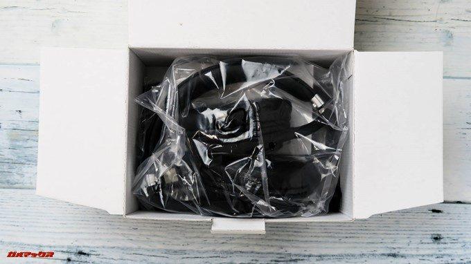 Mpow H5は無造作に製品が箱に詰め込まれているので結構コストカットされている印象です。