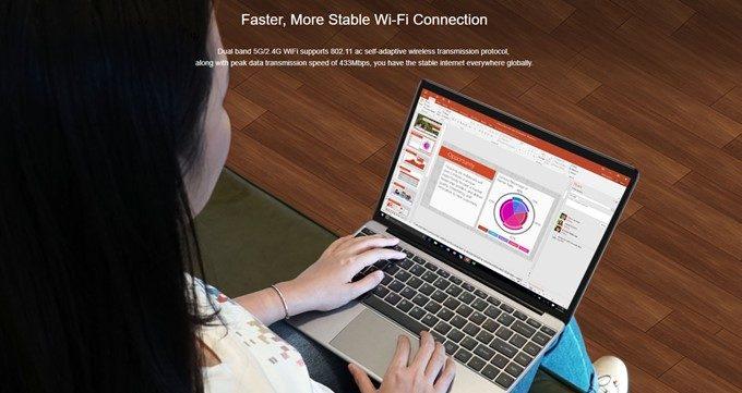 CHUWI LapBookはWi-Fiの2.4GHzだけでなく5GHzも対応しています。