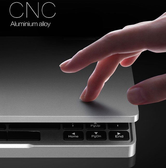One Netbook One Mixは高度なCNC設計で削り出された高品質な外観が魅力的です