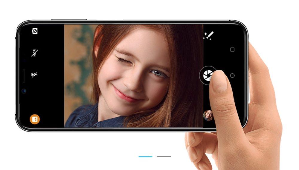 [UMIDIGI One]と[UMIDIGI One Pro]は1600万画素のインカメラを搭載しています。