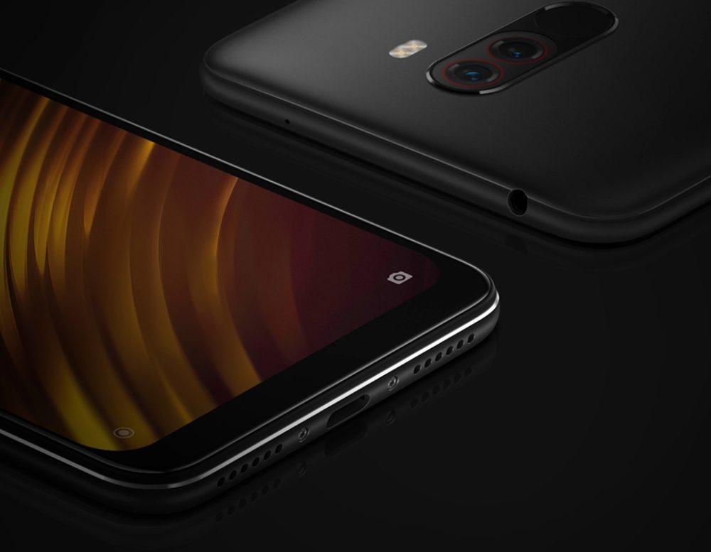 Xiaomi Poco F1は高品質な外見デザインでスタイリッシュですが、USB Type-Cやイヤホンジャックを採用するなど使い勝手も忘れていないのがGood