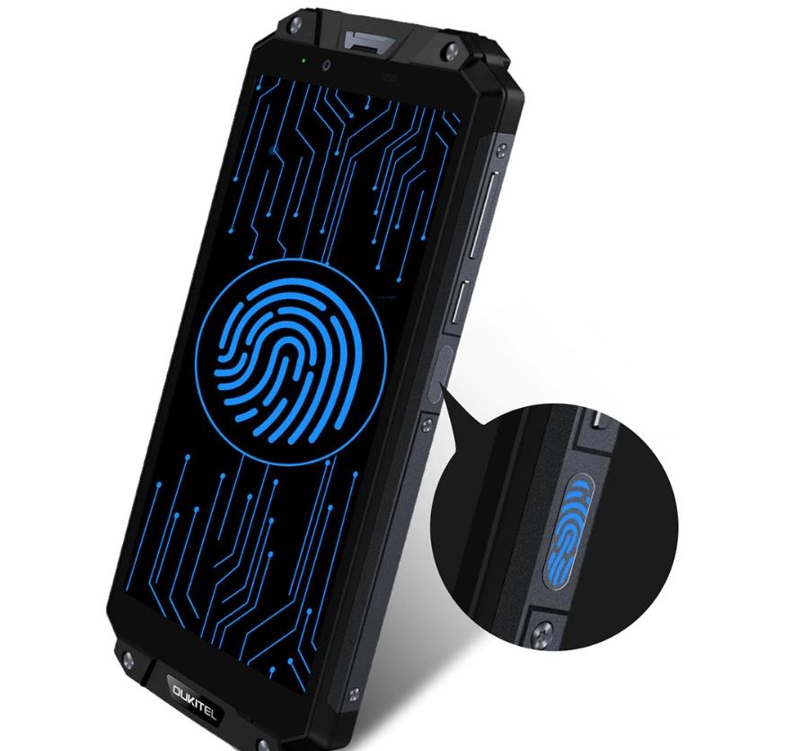 OUKITEL WP2は指紋認証ユニットが搭載されている。