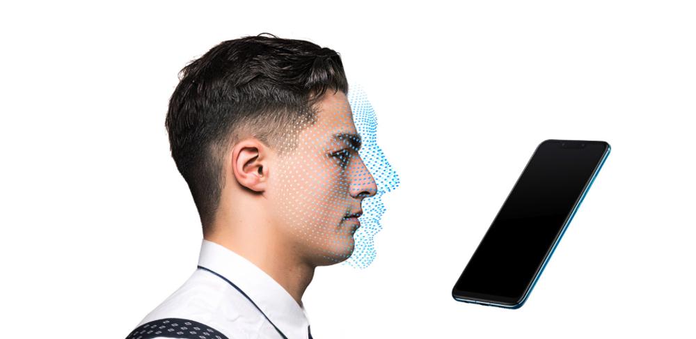 Huawei nova 3は顔認証ユニットに対応しています。