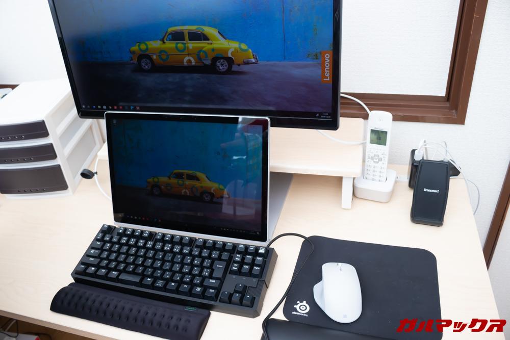 Surface Book 2はキーボードが邪魔にならないので外付けキーボードを利用できる。