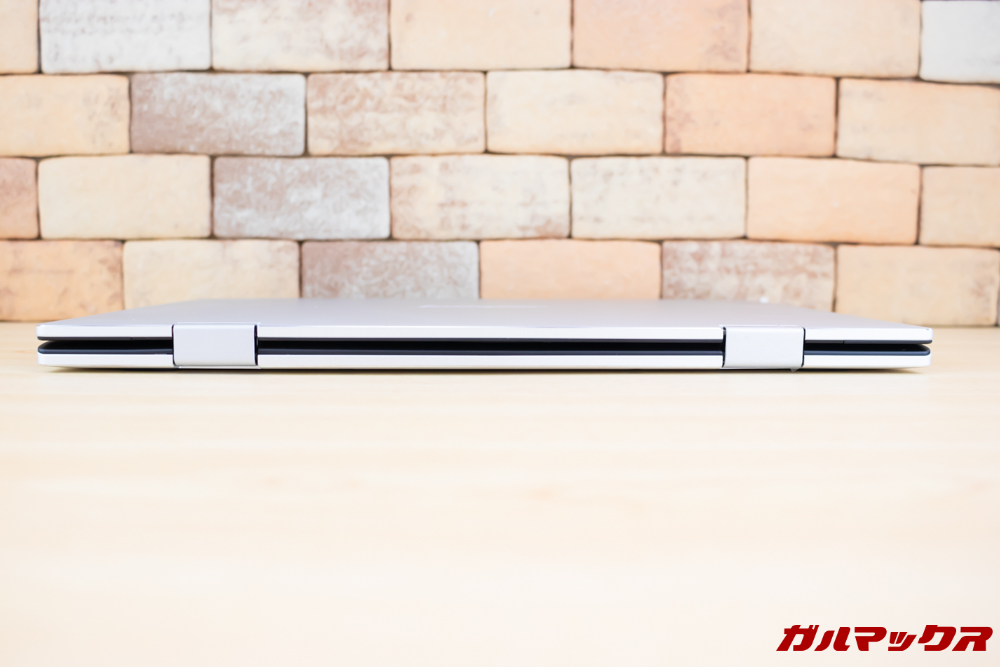 Jumper EZbook X1は360°回転ヒンジを搭載しています。