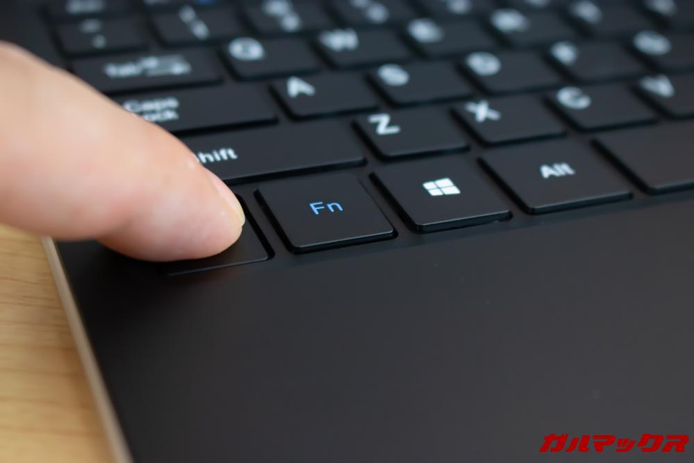 Jumper EZbook X1のキーボードは打鍵音が小さく打ちやすい。