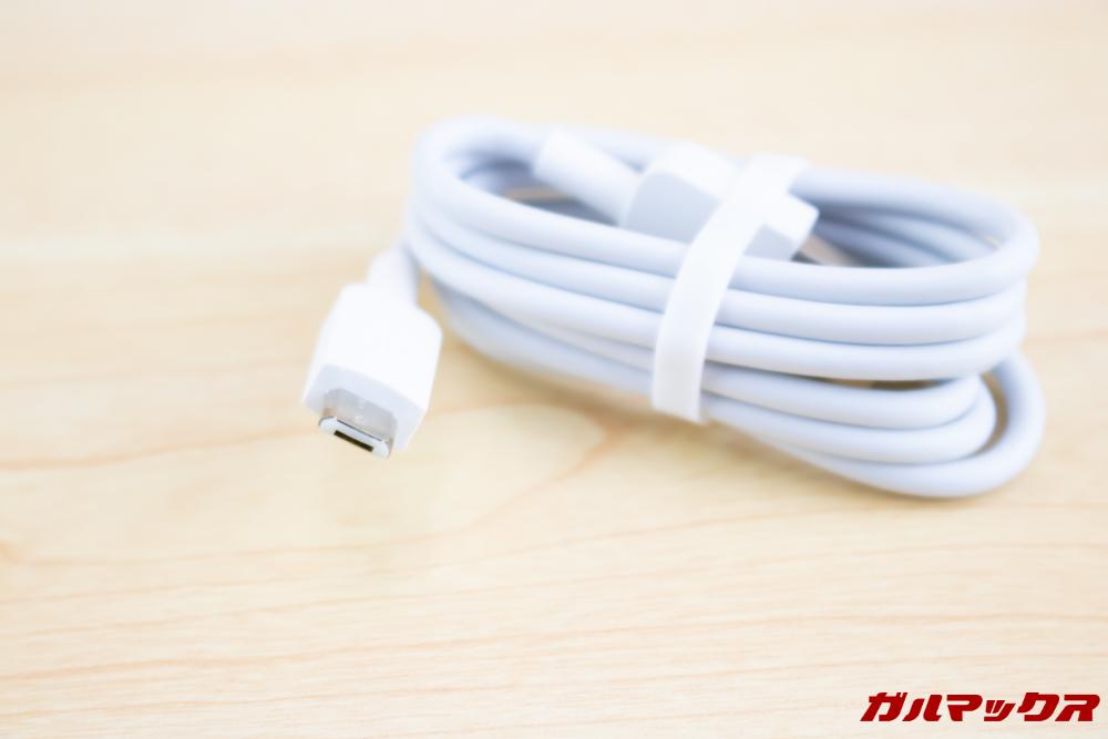 HUAWEI nova lite 3の付属充電ケーブルはMicroUSBです。