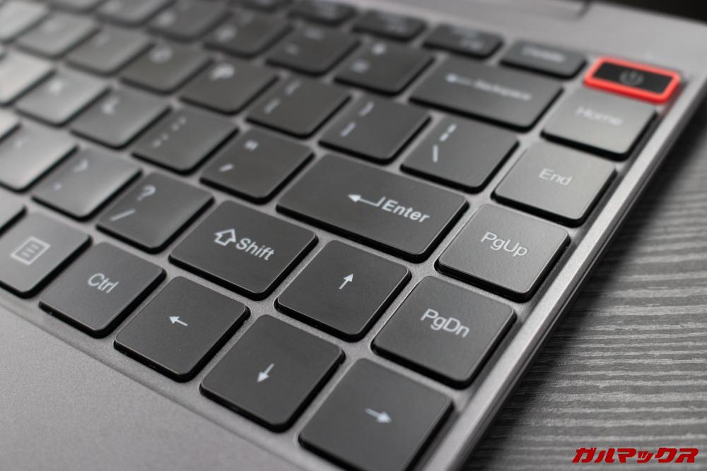 AeroBookのキーボードはローマ字配列なので日本語はローマ字入力必須です。