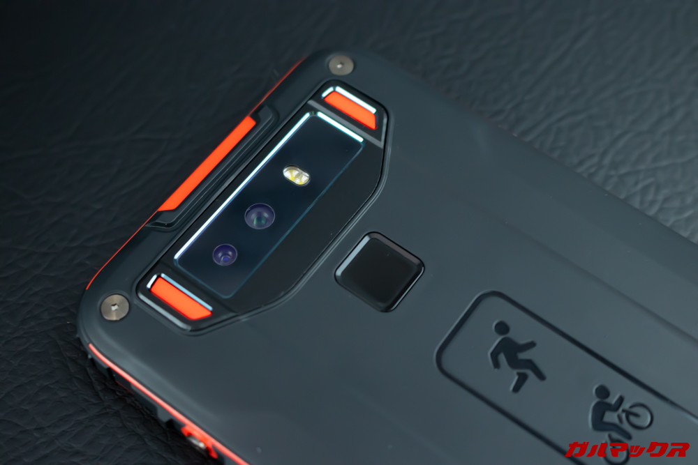 CUBOT Questの背面にはデュアルカメラと指紋認証センサーを搭載