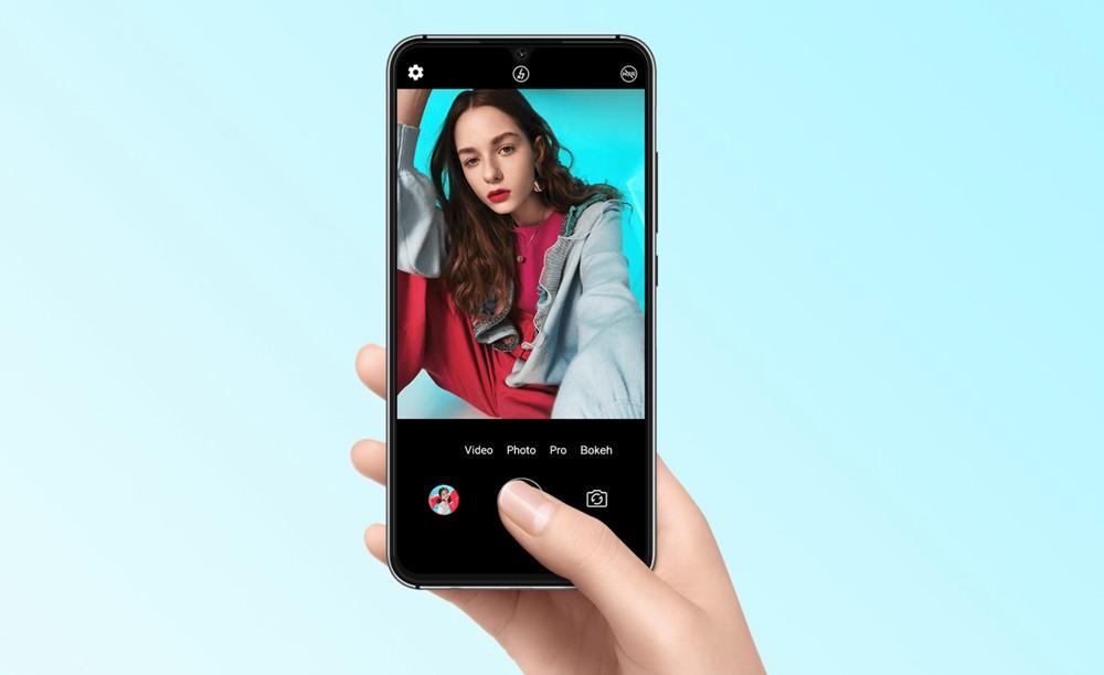 UMIDIGI A5 Proはインカメラに高画素な1600万画素カメラを搭載