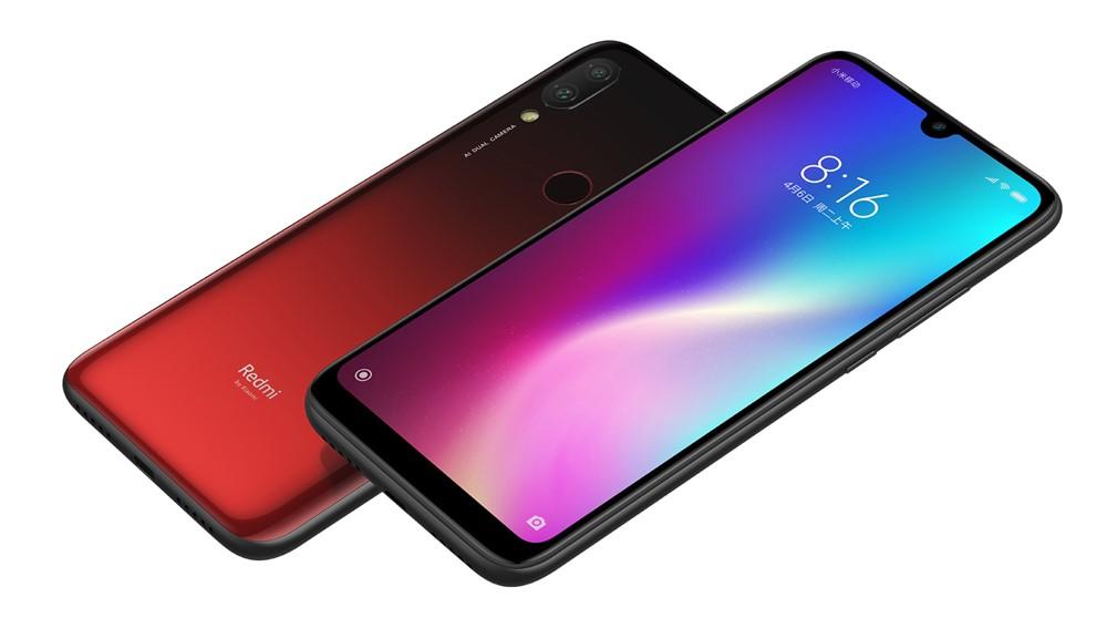 Xiaomi Redmi 7はグラデーションボディーカラーを採用