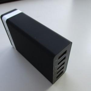 スマホやタブレットを同時充電!Inateck製5ポート急速充電器をレビュー