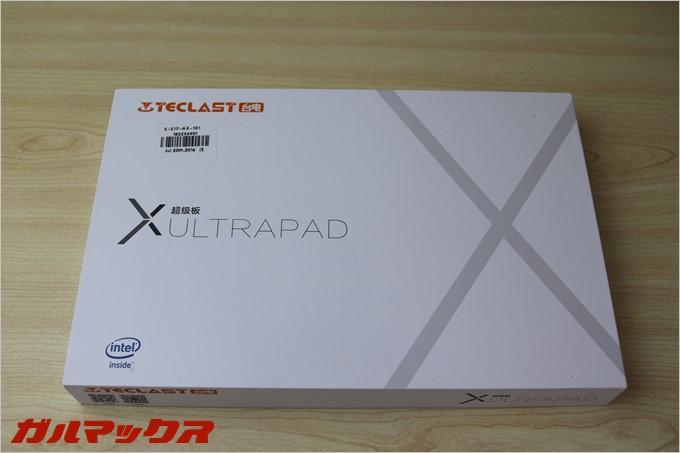 Teclast X98 Plus IIの外装にはしっかりとインテルの文字が入っています