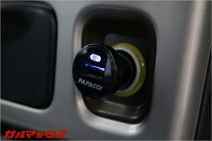 GoSafe 30Gの脱着式シガープラグは通電中に光るので故障を判断しやすい