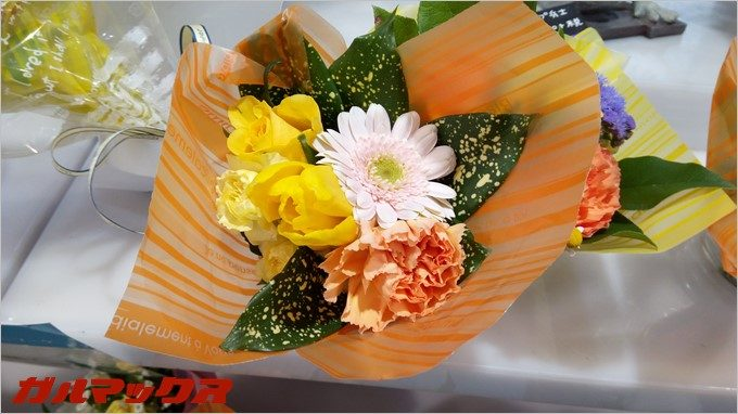 RAIJINのオートモードで花を撮影。