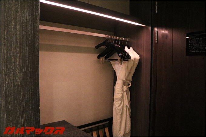 ハンブルハウス台北の客室クローゼットは大型。
