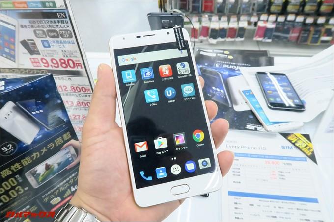 EveryPhone HGは5.5型モデル