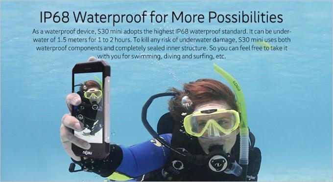 IP68等級なので水中での撮影も可能