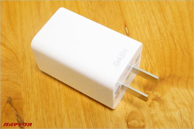 充電器は日本でそのまま利用できるが、独自のDash充電は専用充電器でないと利用できない